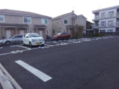 柿生駅周辺の条件付き無料駐車場・安いコインパーキング