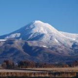 山の風景を撮影するライブカメラ